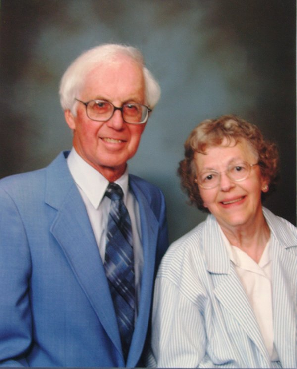 Dolores and Dick Sater